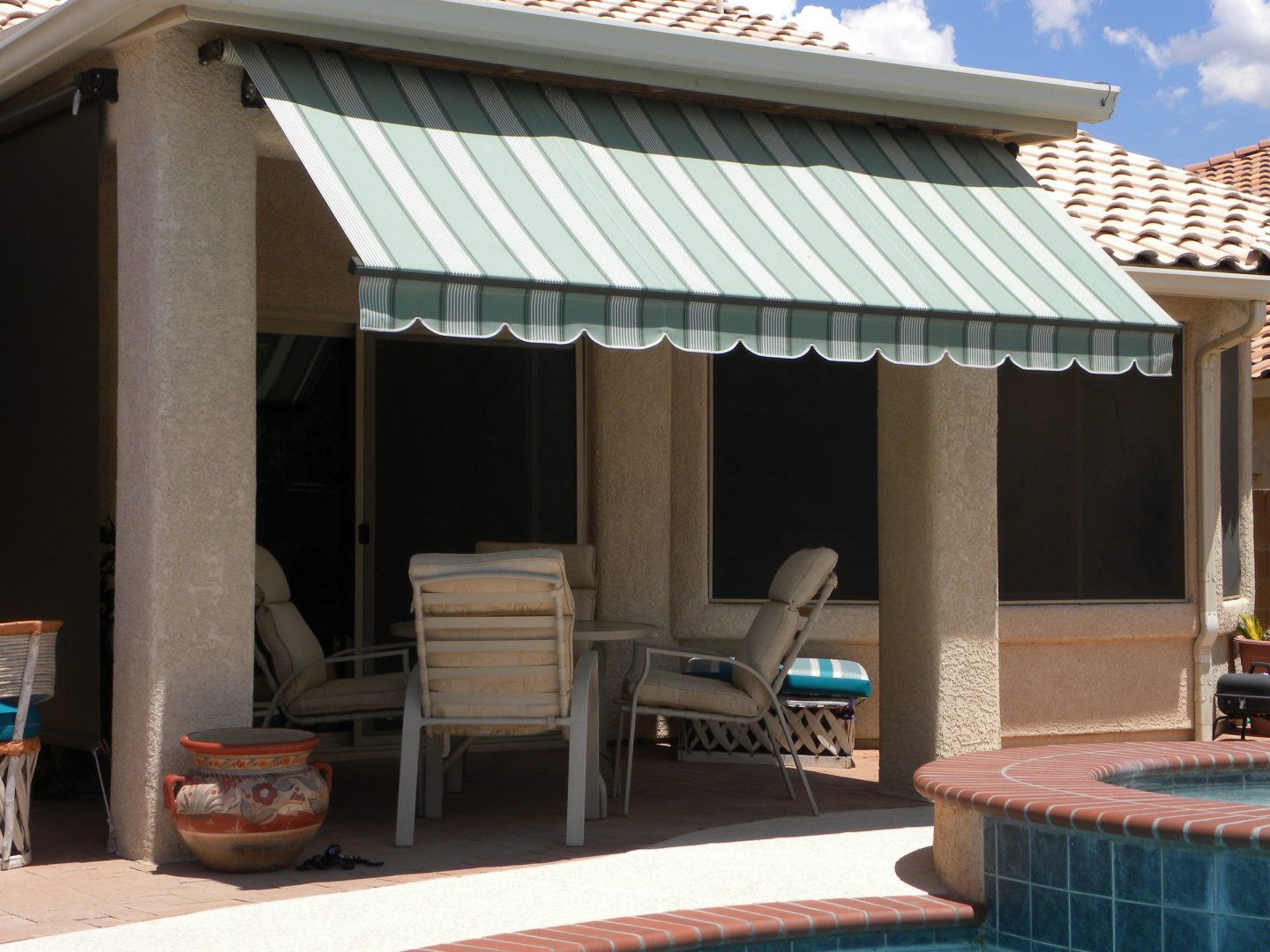 Retractable Canopies Product : Residential retractable awnings air and sun shade products