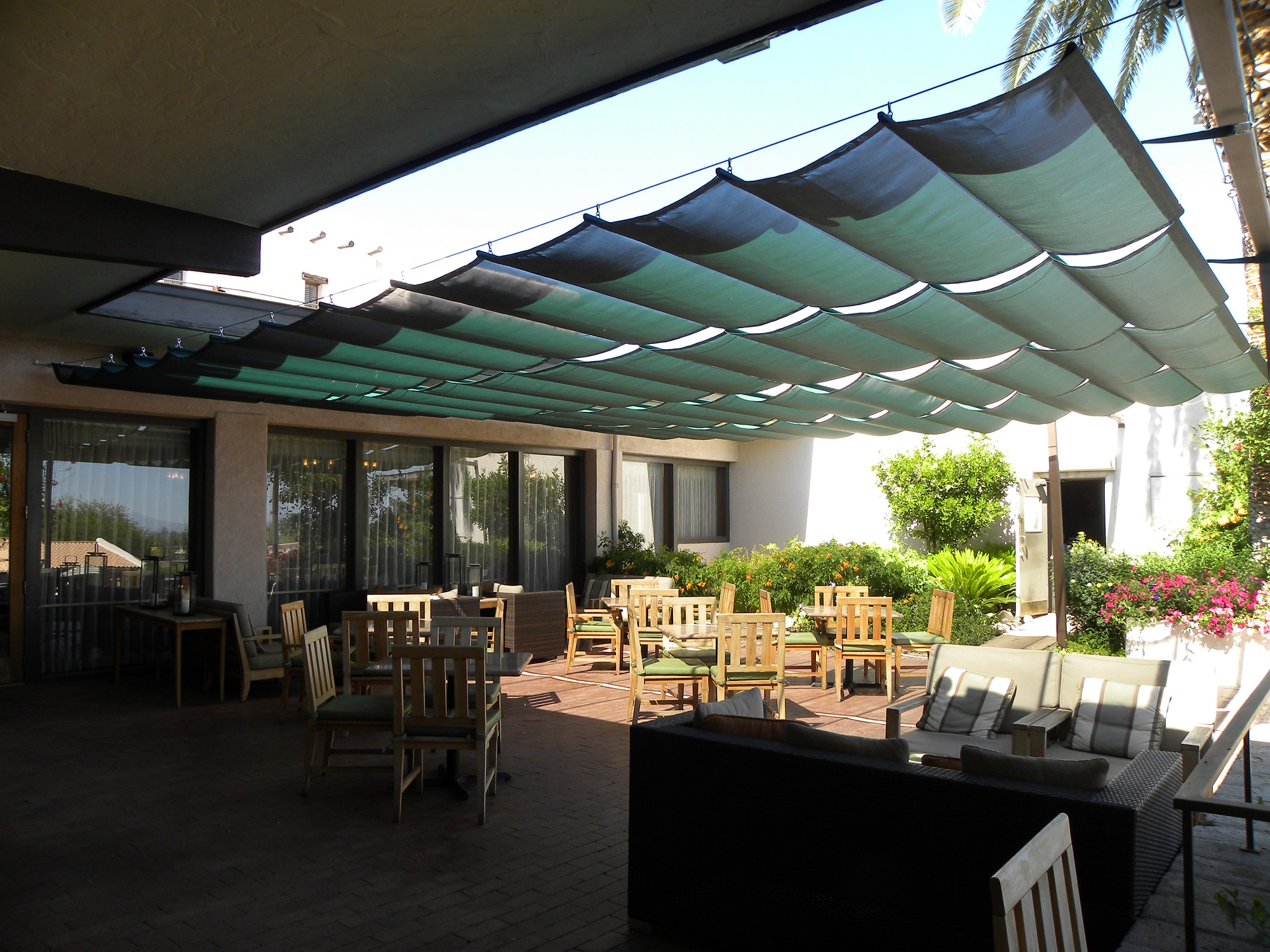 Tucson Commercial Retractable Awnings Air And Sun Shade