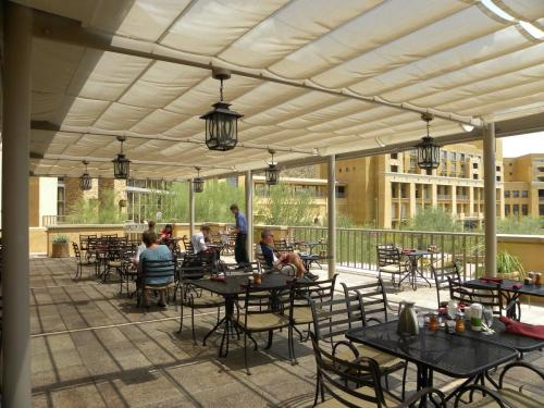 Tucson Commercial Retractable Awnings
